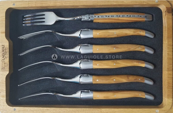laguiole en aubrac dinner forks olivewood