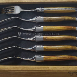 laguiole en aubrac dinner forks pistachio wood satin polish