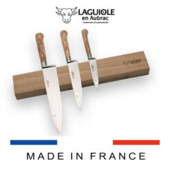 magnetic bar in oak wood for kitchen knives