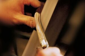 manufacturing laguiole knives